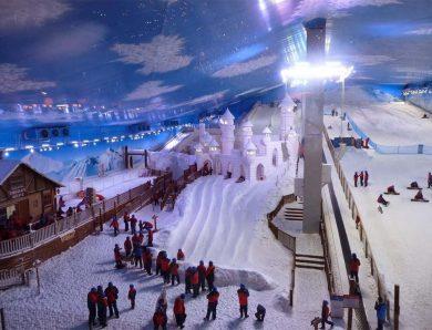 Snowland, em Gramado (RS), reabre ao público