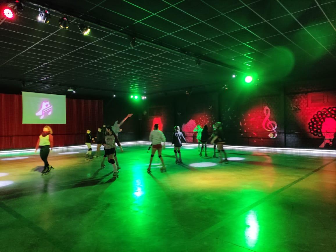 Pista de patinação é a nova atração em Gramado