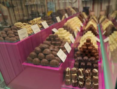 Loja que ferve em Gramado chega com chocolate até de malagueta